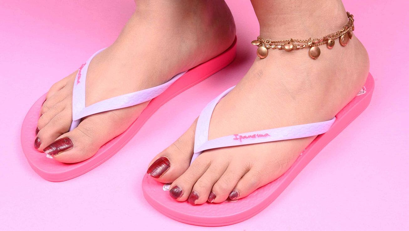 women slippers online